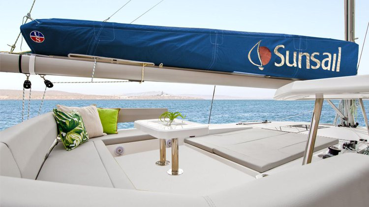 Discover Gros Islet surroundings on this 454L Custom boat