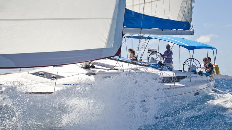 Sail Away on the Caribbean on this Awesome Monohull!