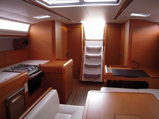 Discover Gros Islet surroundings on this 51 Sunsail boat