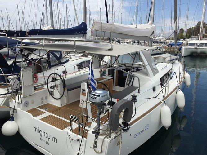38.0 feet Oceanis in great shape