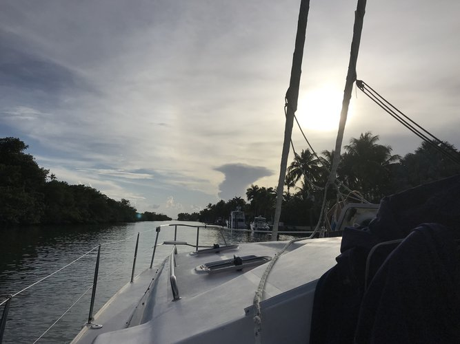 Discover Key Biscayne surroundings on this Event 34 Prout boat