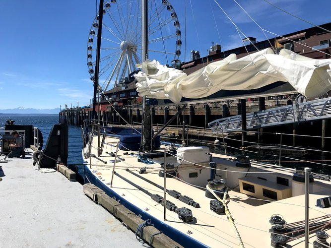 Discover Seattle surroundings on this Custom Sparkman & Stephens boat