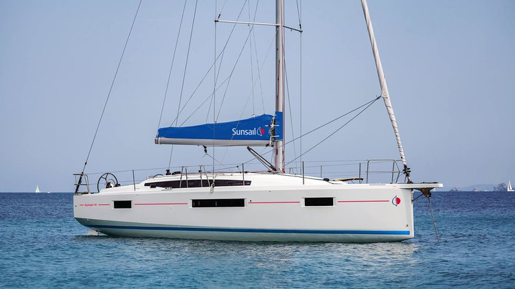 Boating is fun with a Monohull in Tortola