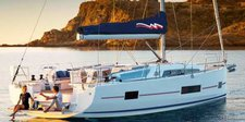 Experience luxury and comfort onboard this beautiful 46.3 footermonohull