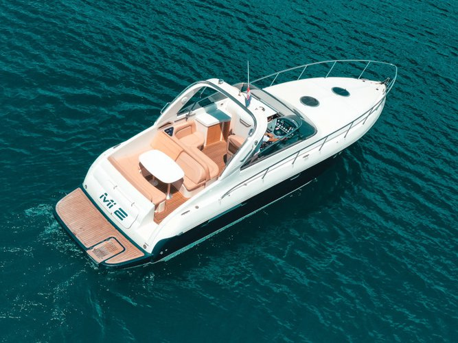 Take this Airon Marine Airon 345 for a spin!