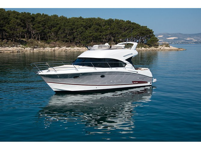 All you need to do is relax and have fun aboard the Beneteau Antares 36 Fly