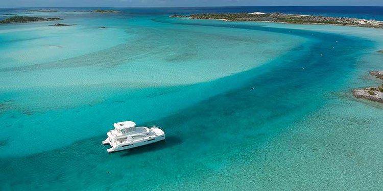 Mesmerizing holidays in Palma De Mallorca aboard this Power Catamaran