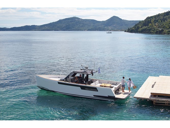 Take this Fjord Boats A.S Fjord 40 open for a spin!