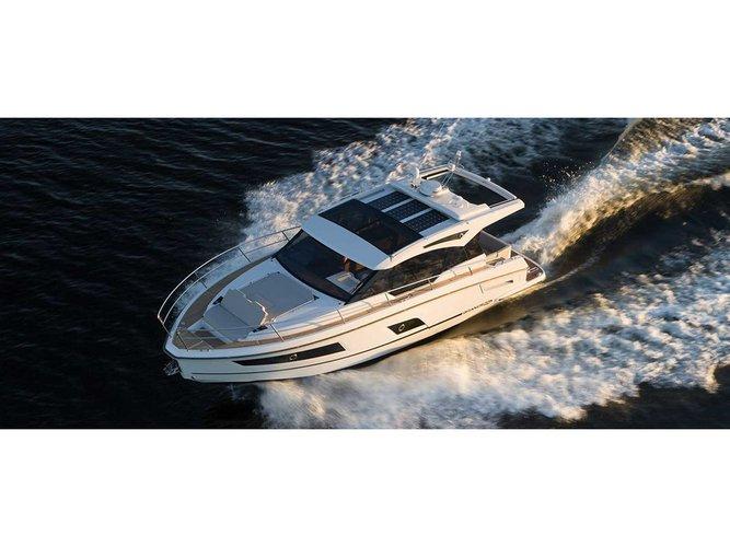 Enjoy luxury and comfort on this Grandezza Grandezza 37 CA in Trogir