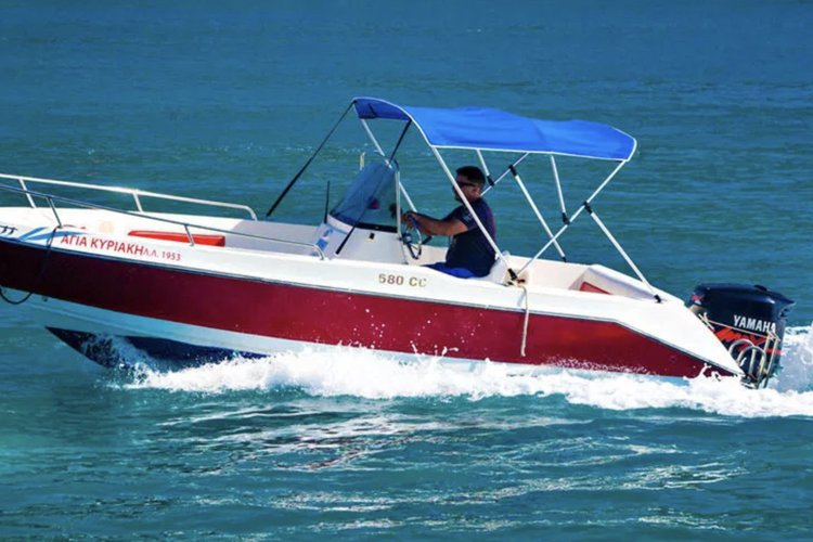 This 19.0' OLYMPIC cand take up to 8 passengers around Nydri - Lefkada