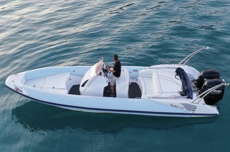 Inflatable outboard boat for rent in Nydri - Lefkada
