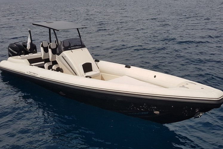 Yin Yang – Technohull Sea DNA 999 G5 – 2x350HP Verado