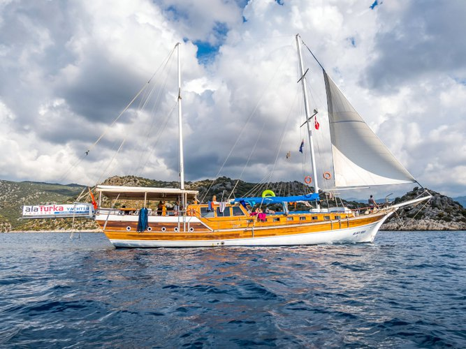 Explore Fethiye on this beautiful sailboat for rent