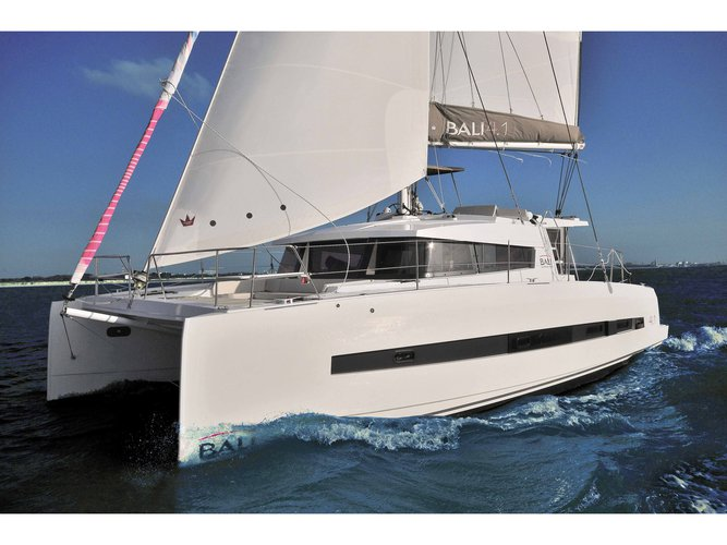 Enjoy luxury and comfort on this Bali Catamarans Bali 4.1 Mommy in Capo d'Orlando