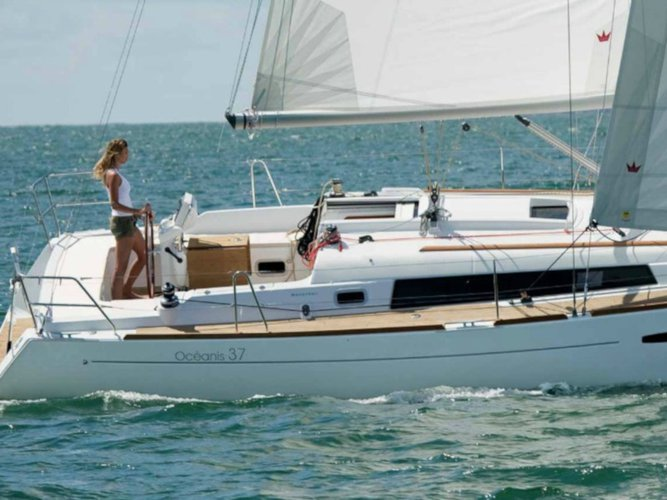 Rent this Beneteau Oceanis 37 for a true nautical adventure