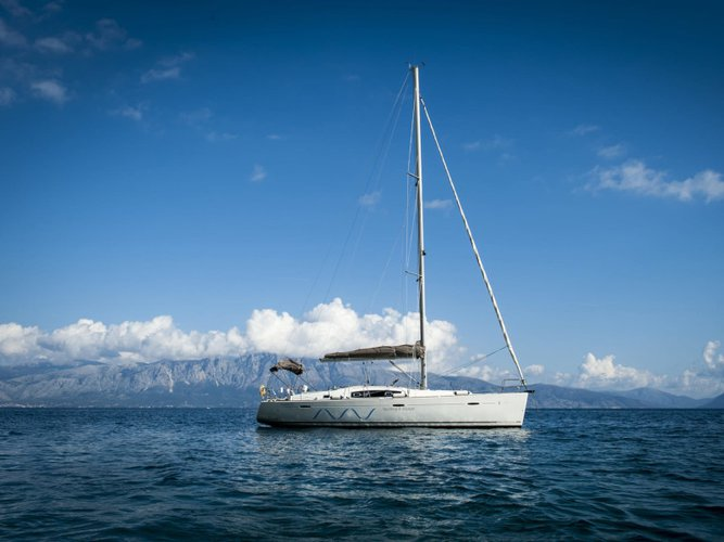 Explore Preveza on this beautiful sailboat for rent