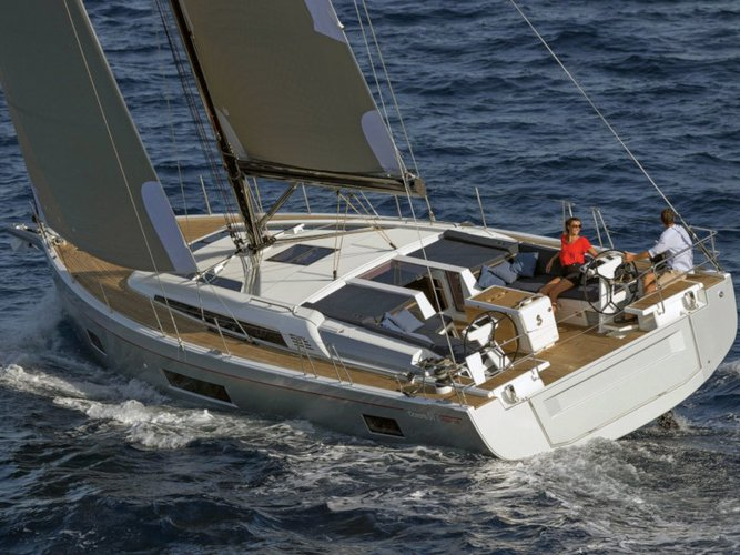 All you need to do is relax and have fun aboard the Beneteau Oceanis 51.1