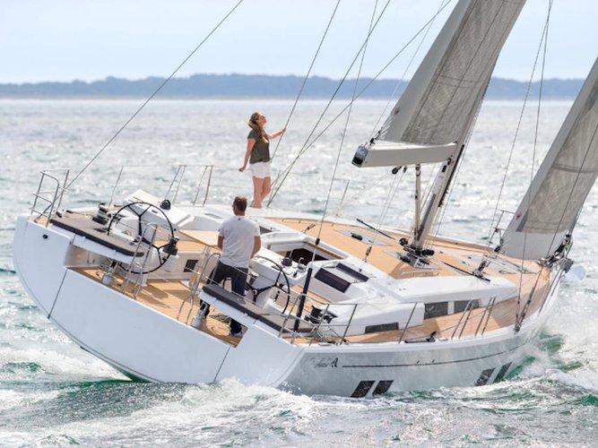 Jump aboard this beautiful Hanse Yachts Hanse 548