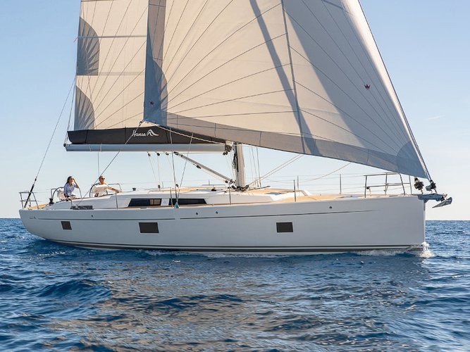Sail the beautiful waters of Lefkada on this cozy Hanse Yachts Hanse 508