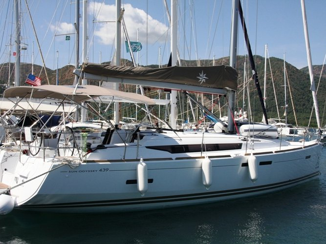 The perfect boat to enjoy everything Marmaris, TR has to offer