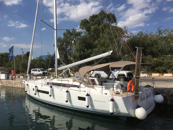 Take this Jeanneau Sun Odyssey 490 for a spin!