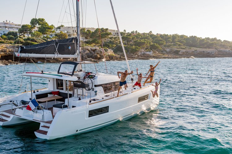 Brand new Catamaran Lagoon 40 - Relax, Sail and Adventures with us