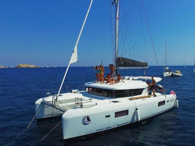 Get on the water and enjoy Palermo in style on our Lagoon Lagoon 42