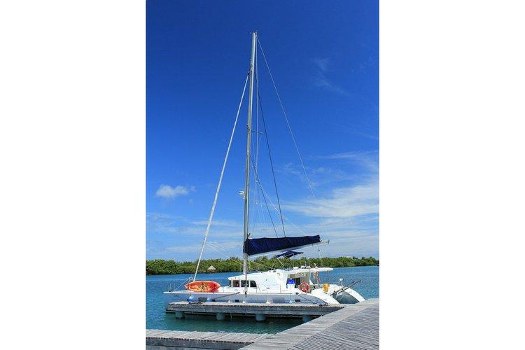 Boat rental in Belize City,