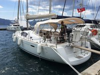 Explore Marmaris on this beautiful sailboat for rent