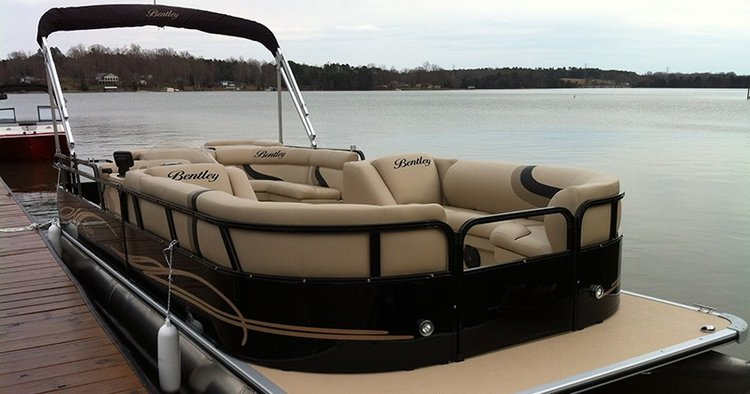 Motor boat boat for rent in Austin