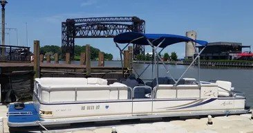 Enjoy Our 15 Passenger Pontoon Boat on Beautiful Lake Erie