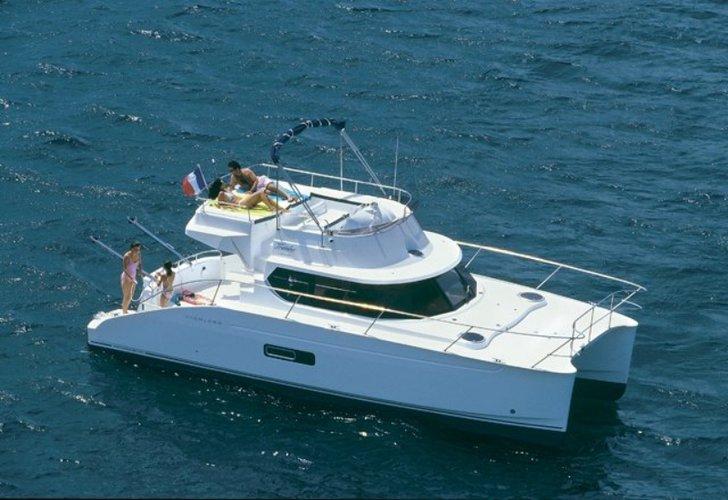 Motor Catamaran Day Trips