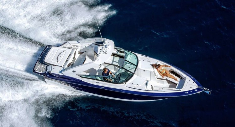 Move with the wind aboard this amazing 32 ft Bow Rider