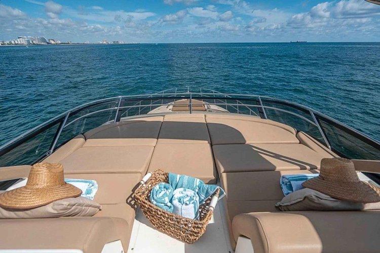 Boat for rent Sea Ray 65.0 feet in Sag Harbor  (Marina across from Baron's Cove Motel), NY