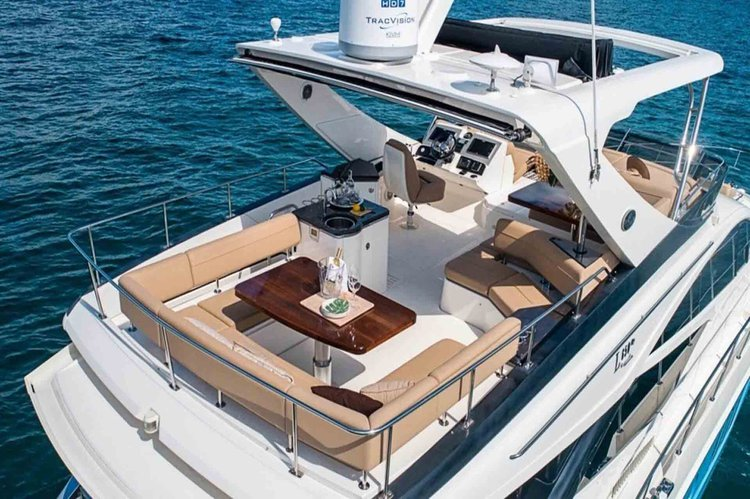 Boating is fun with a Sea Ray in Sag Harbor
