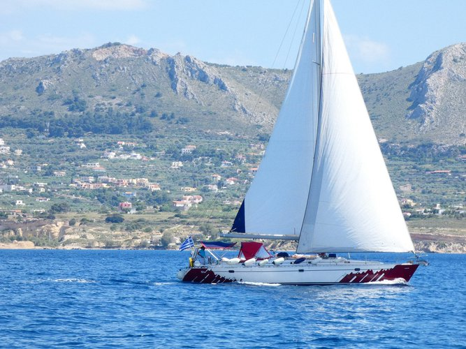 Sailboat for charter in Athens
