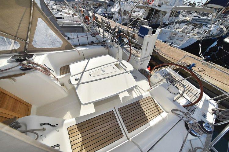 Boat for rent Bénéteau 39.0 feet in Marina Tankerkomerc, Zadar, Croatia