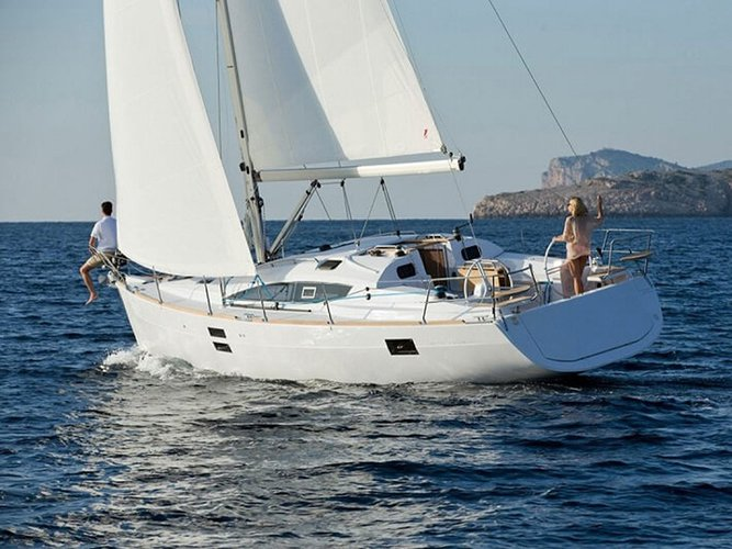 Sail the beautiful waters of Šibenik on this cozy Elan Elan 40 Impression