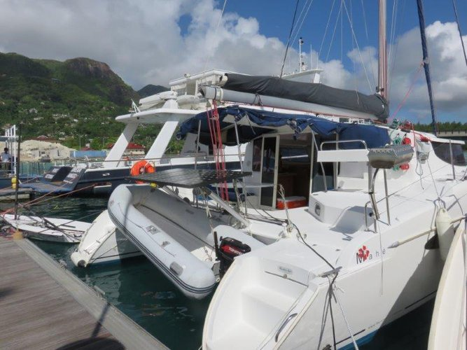 Jump aboard this beautiful Fountaine Pajot Mahé 36