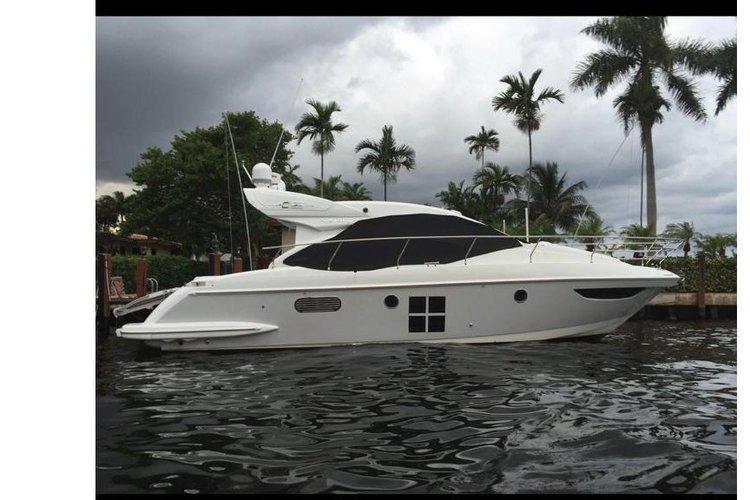 Azimut's 42.0 feet in Miami
