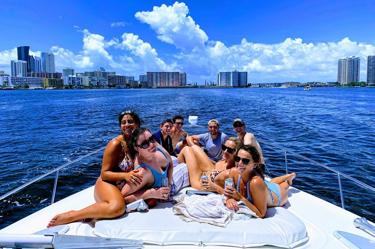 Discover Miami surroundings on this 370 Express Cruiser Yacht boat