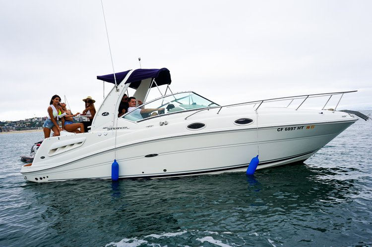 Sea Ray Sundancer  Luxury Motor Yacht In Marina Del Rey