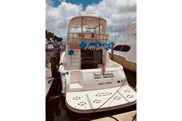 52.3 feet Sea Ray in great shape