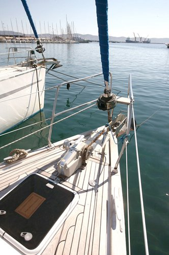 Discover Cyclades surroundings on this Bavaria 46 Cruiser Bavaria Yachtbau boat