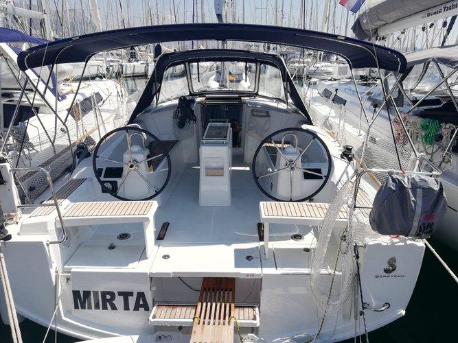 Sail the beautiful waters of Kaštel Gomilica on this cozy Beneteau Oceanis 38.1