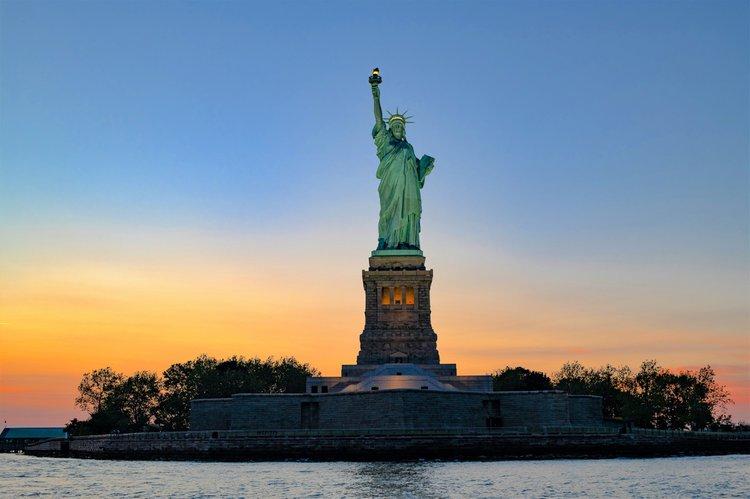 Boat rental in New York,