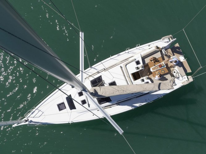 Discover Porto Rotondo in style boating on this sailboat rental