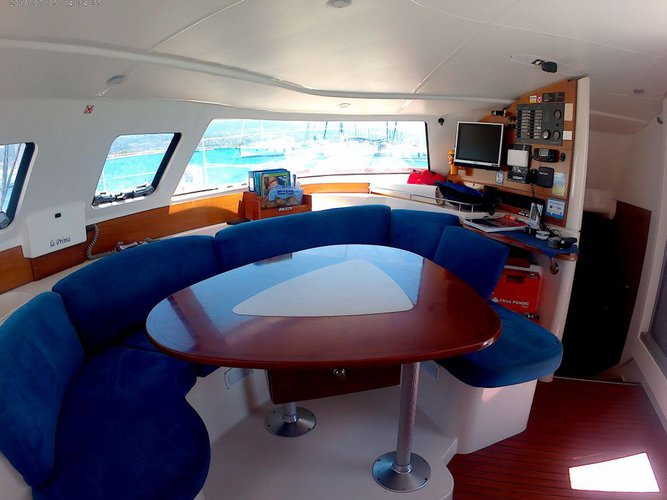 Discover  surroundings on this Lavezzi 40 Fountaine Pajot boat