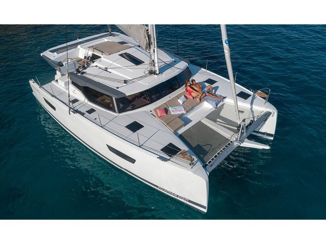 All you need to do is relax and have fun aboard the Fountaine Pajot FONTAIN PAJOT