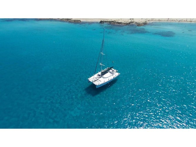 Take this Fountaine Pajot Marquises 56 for a spin!